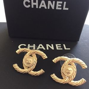 Chanel Authentic Classic Earrings